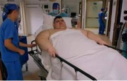 世界上最胖的人减660斤 每天能自己起床就感到很幸福